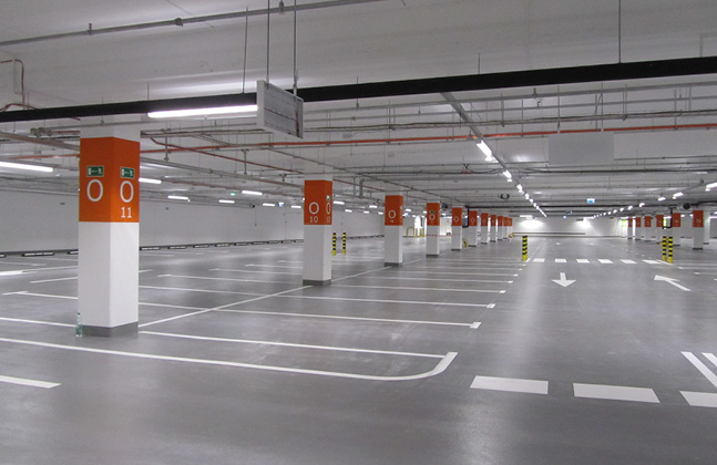 Poland's Biggest Shopping Centre Installs Deckshield Car Park Decking2