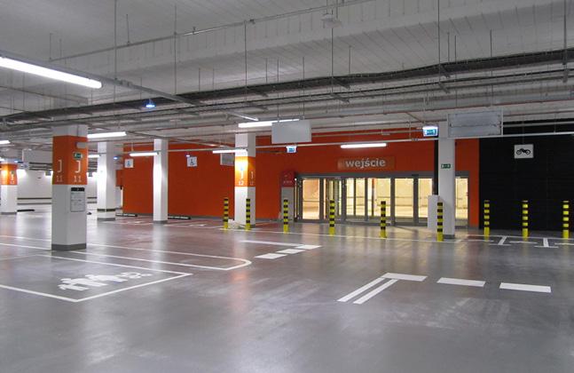 Poland's Biggest Shopping Centre Installs Deckshield Car Park Decking5